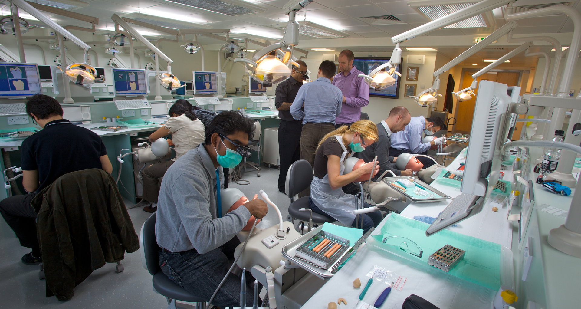 Dental Courses in London with LonDEC